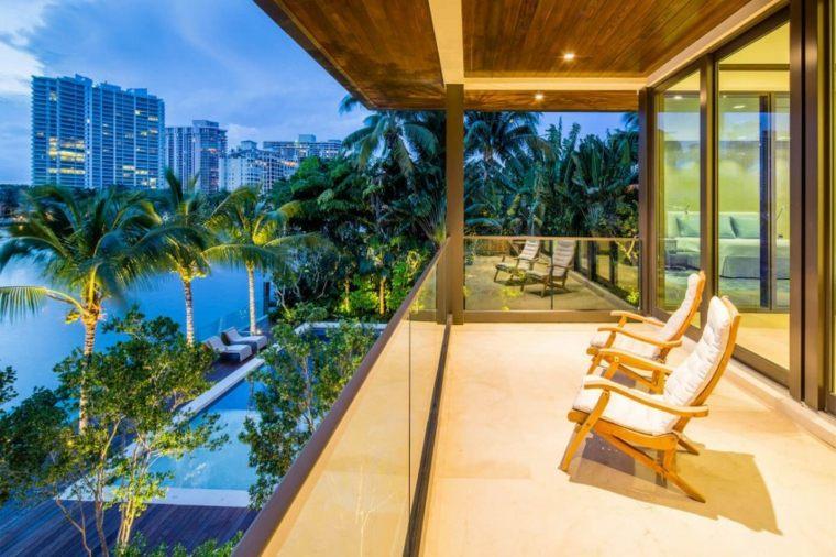 Muebles el paraiso moderno en la terraza o el balc n for Sillones de balcon