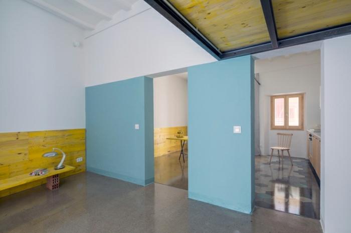 muros color celeste casa groc
