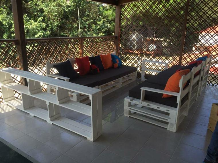 originales muebles color blanco