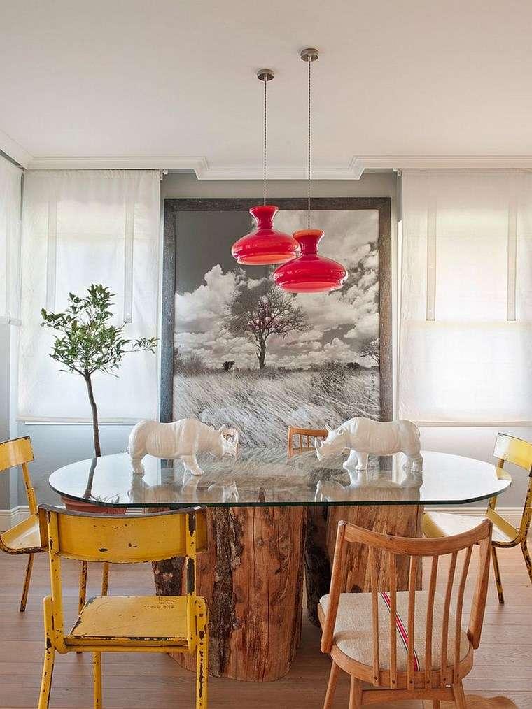 Mezcla de colores vibrantes 60 ideas de comedores vivos for Sillas amarillas comedor