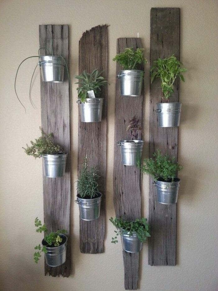 Veintidos ideas de jardines verticales y macetas colgantes for Jardin vertical interior