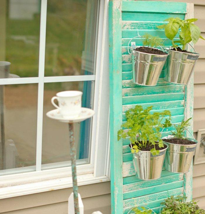 opciones-hierbas-jardin-vertical-madera-pintada