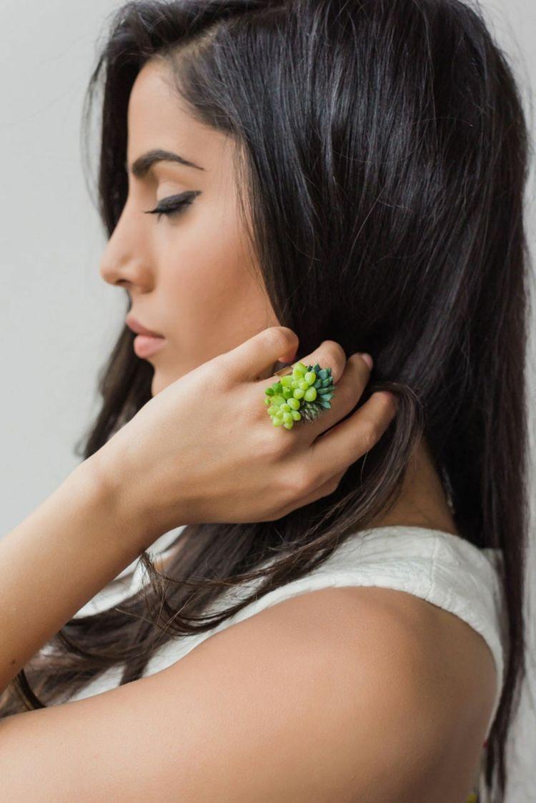 original diseño anillo plantas vivas