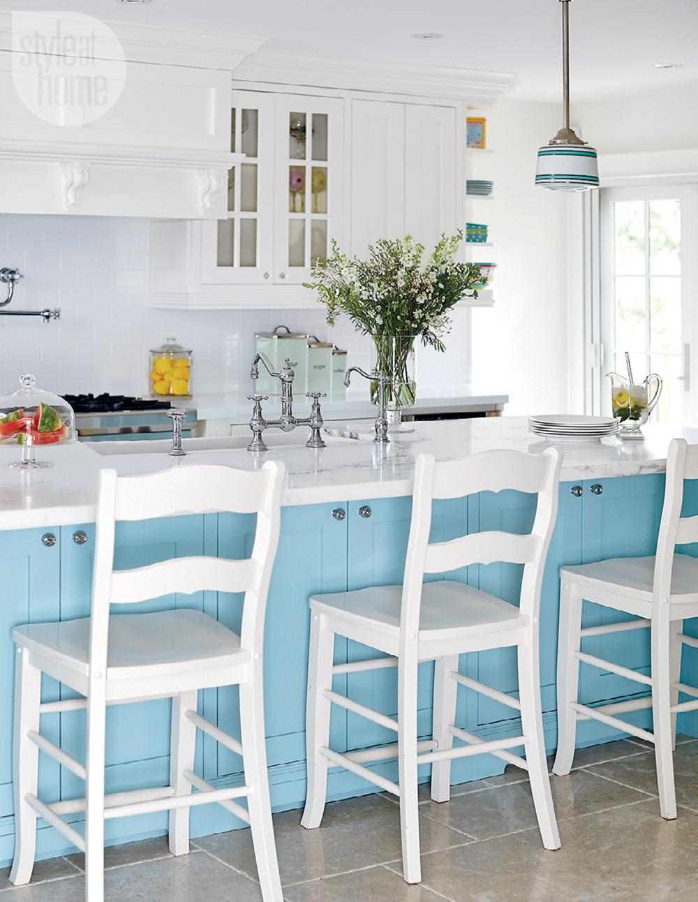 original cocina blanca celeste