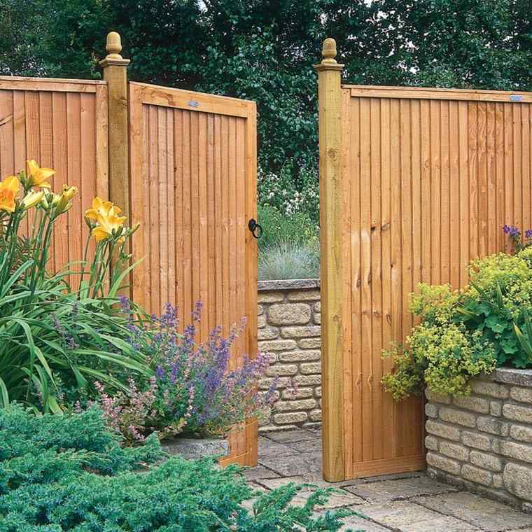 Puertas de jardin arcos verjas cancelas vallas y - Puerta de madera para jardin ...