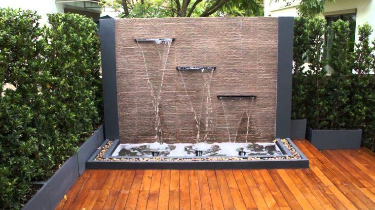 pared fuente agua jardin diseno ideas