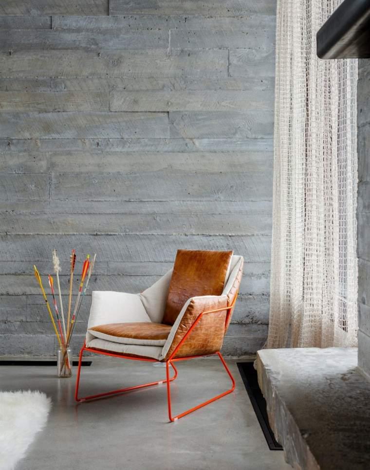 pared-hormigon-casa-silla-destaca