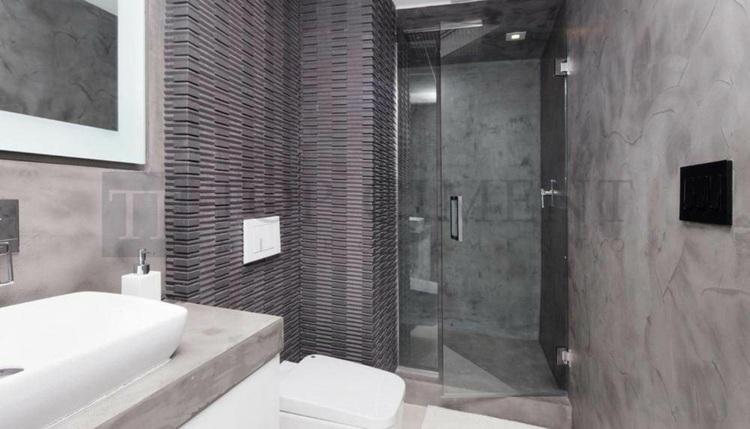 paredes baño microcemento gris