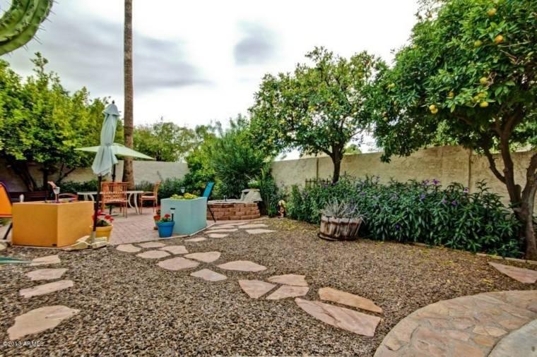 patio moderno camino jardin