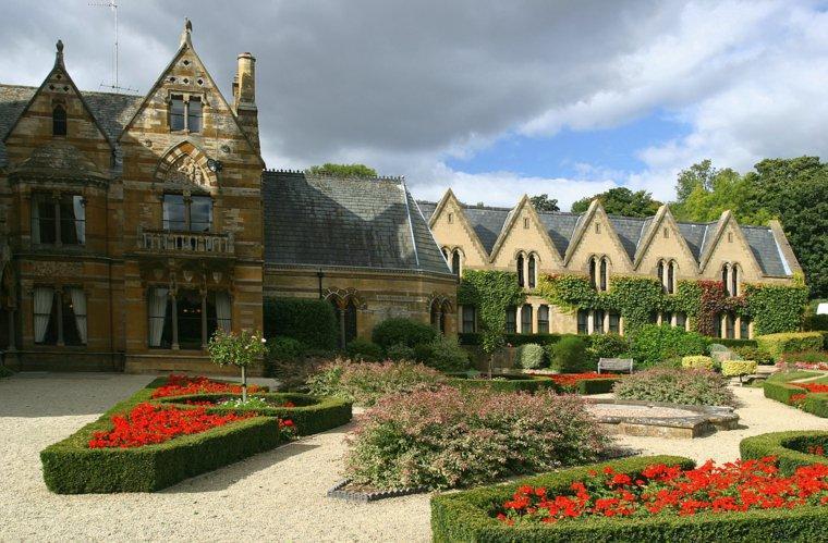 plano jardin clasico entrada casa grande ideas