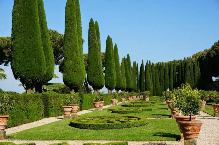 plano jardin clasico macetas arboles ideas