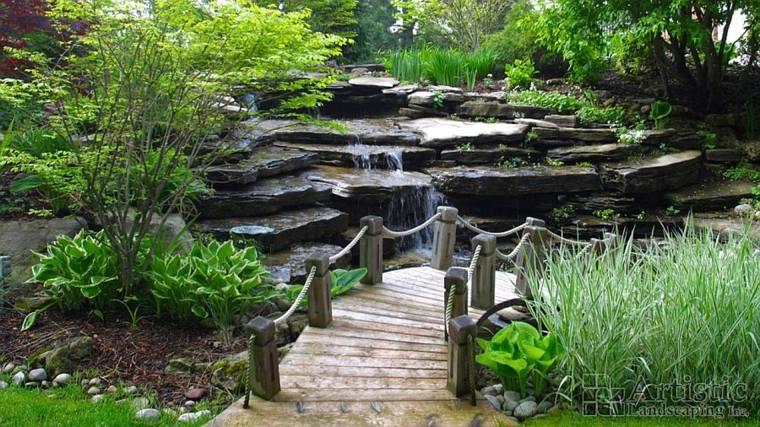 puentes modernos cascadas naturales