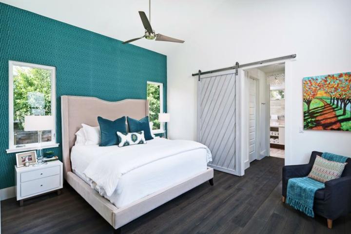 puertas correderas diseño estilo paredes coloridas ventiladores