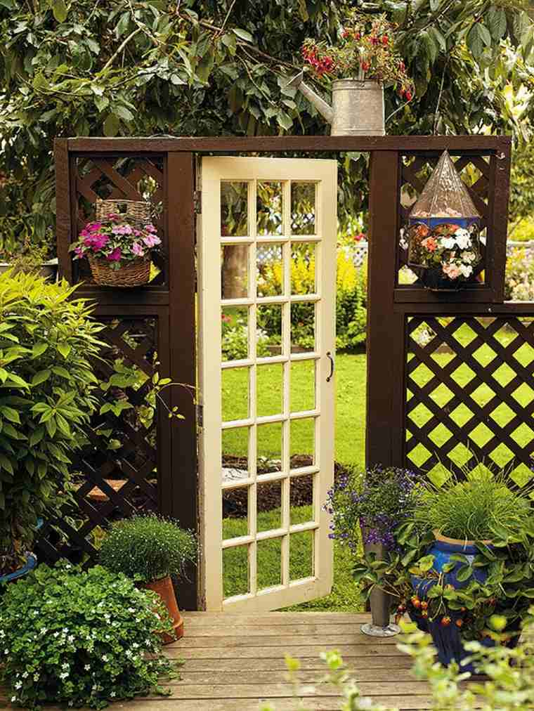 puertas entrada jardines estilo