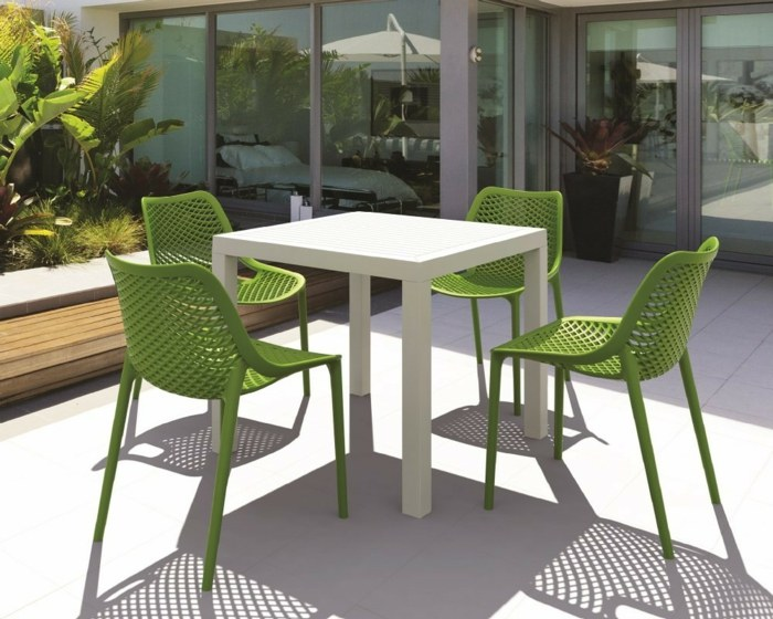 resina mesa sillas estados verdes