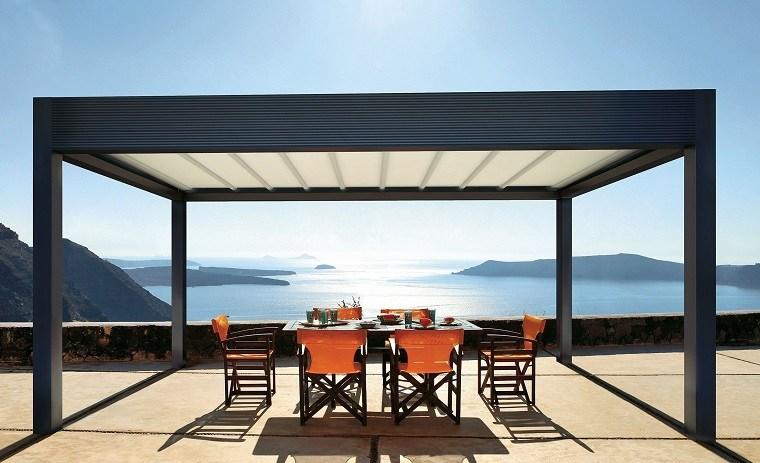 sillas color naranja terraza pergola moderna ideas