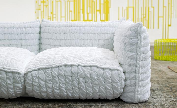 sofas mobiliario detalles estilos amarillo estantes