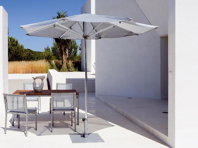 sol y sombra aire libre opciones sombrilla pequena blanca ideas