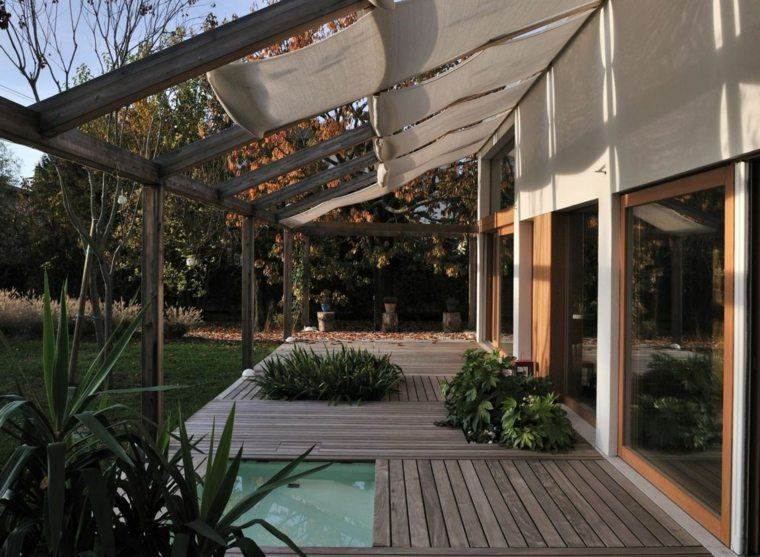 suelo madera terraza moderna estanque ideas
