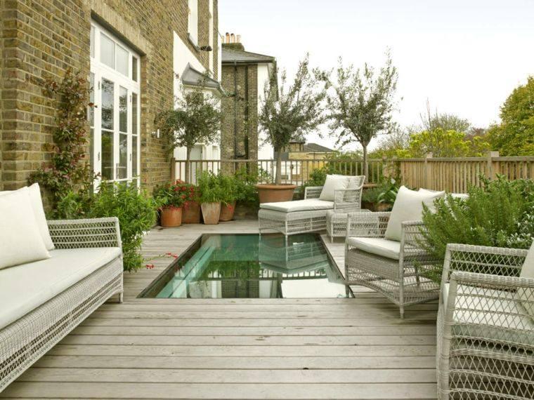 suelo madera terraza moderna piscina pequena ideas