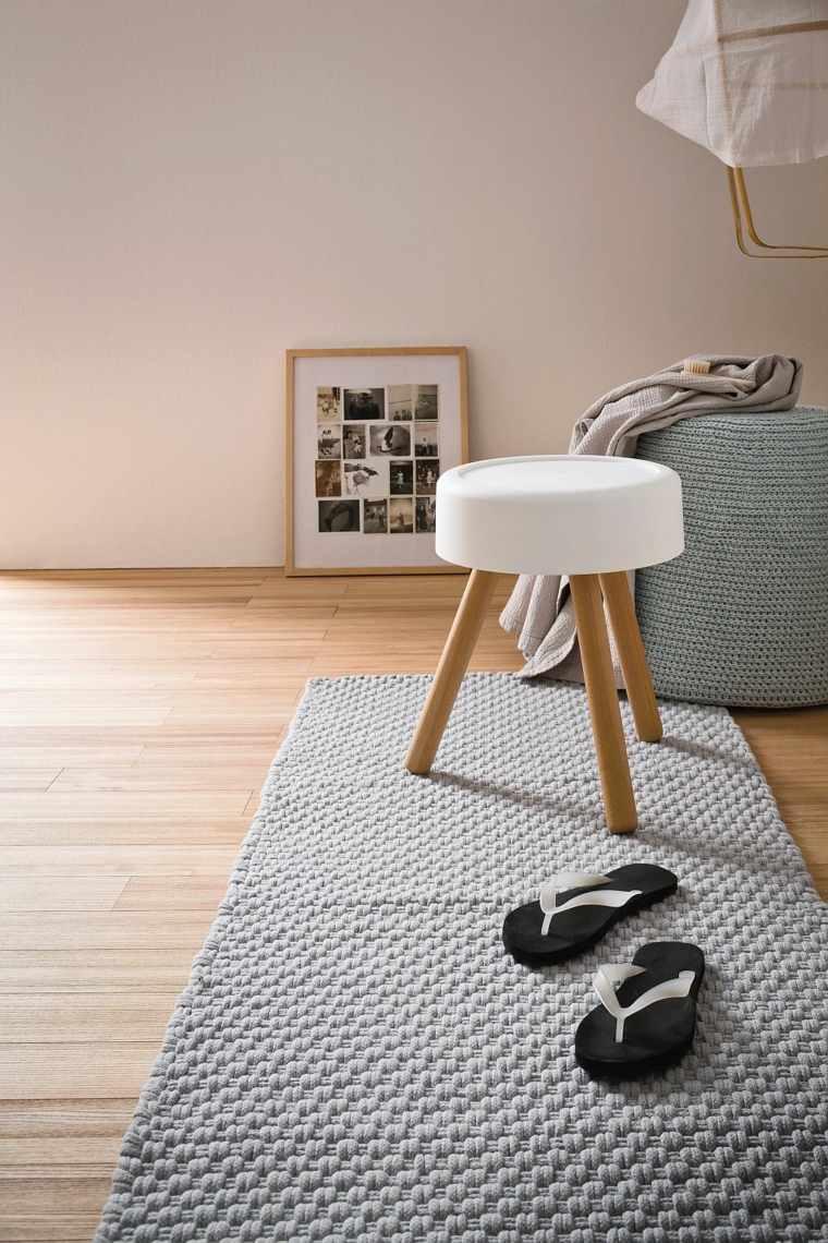 taburete-combina-estetica-ergonomia-bano