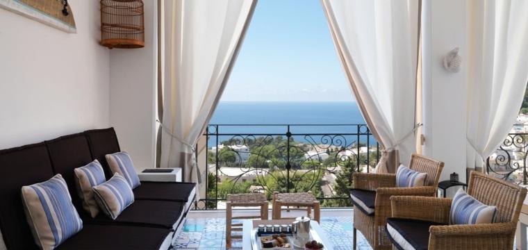 terraza grecia diseno cortinas blancas sombra ideas