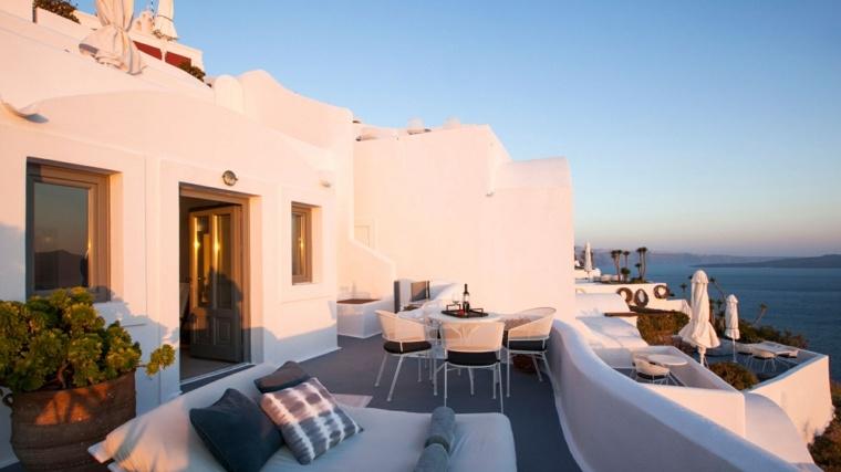 Costa mediterranea 50 terrazas en grecia con dise o for Mesa exterior diseno