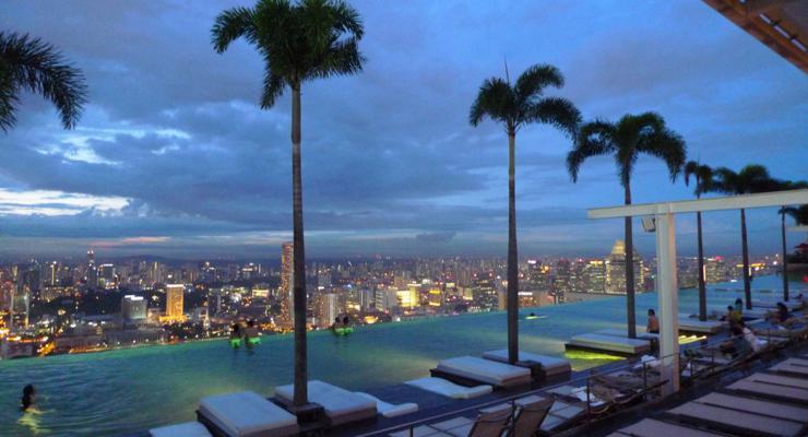 originales piscinas vistas ciudad