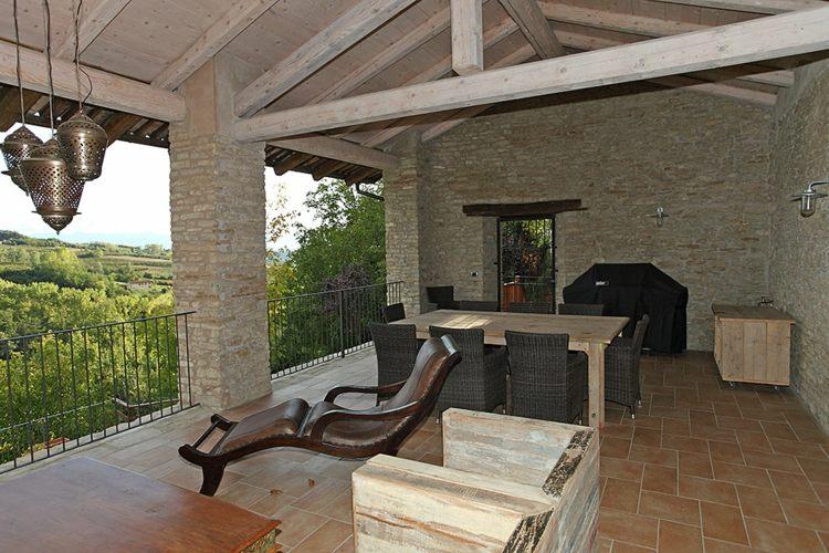 terraza rústica muebles modernos