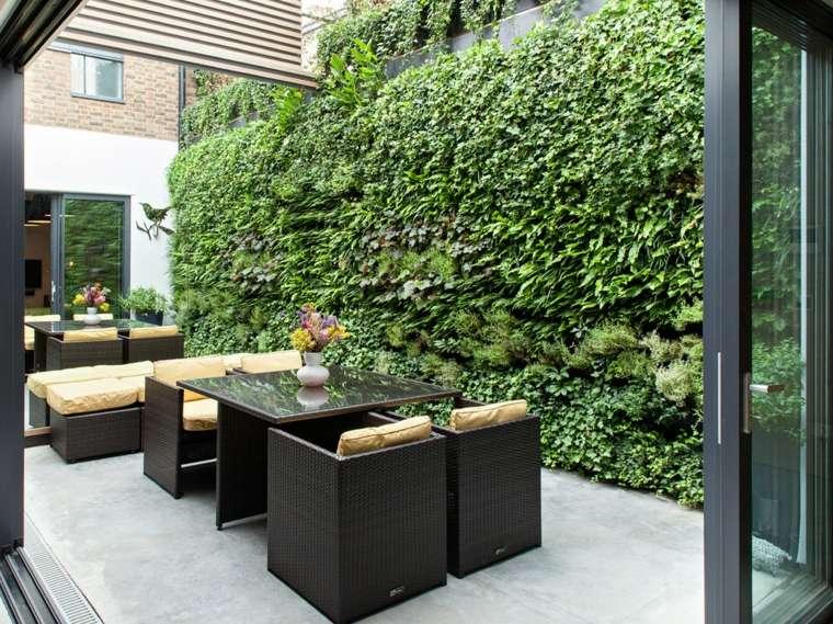terraza moderna jardín vertical