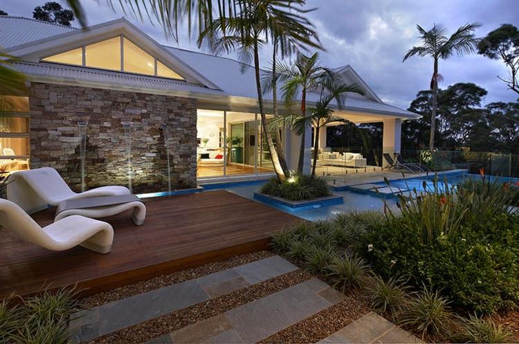 terrazas creatividad palmeras sillones colores