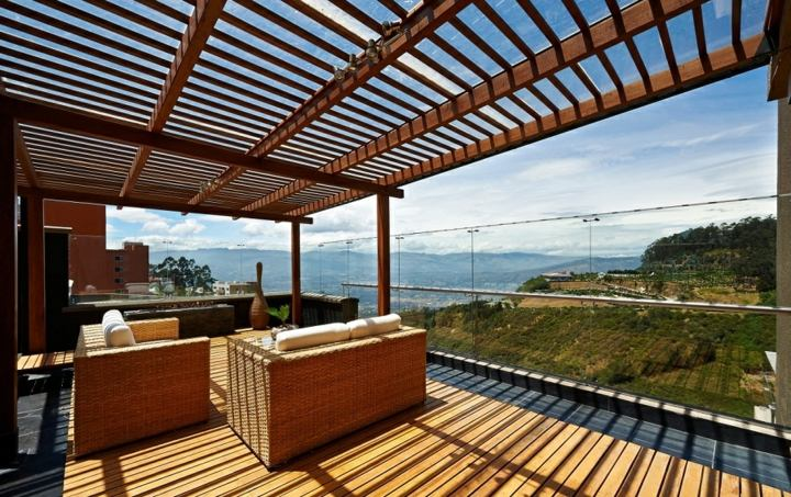 terrazas pergolas madera estantes sofas vistas