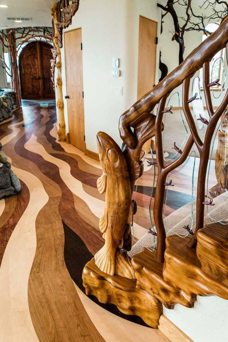 vista interior suelo madera escaleras