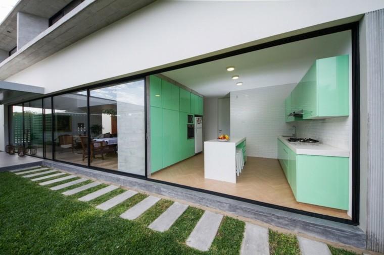 Riofrio+Rodrigo Arquitectos disenaron casa contemporanea Piura moderna