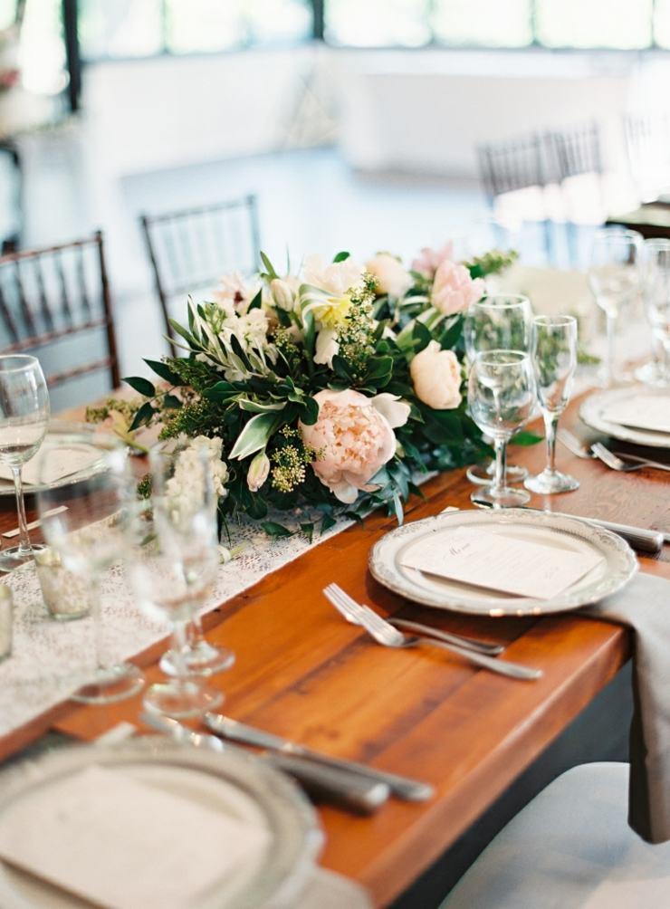 arreglos florales centro mesa comida elegante ideas