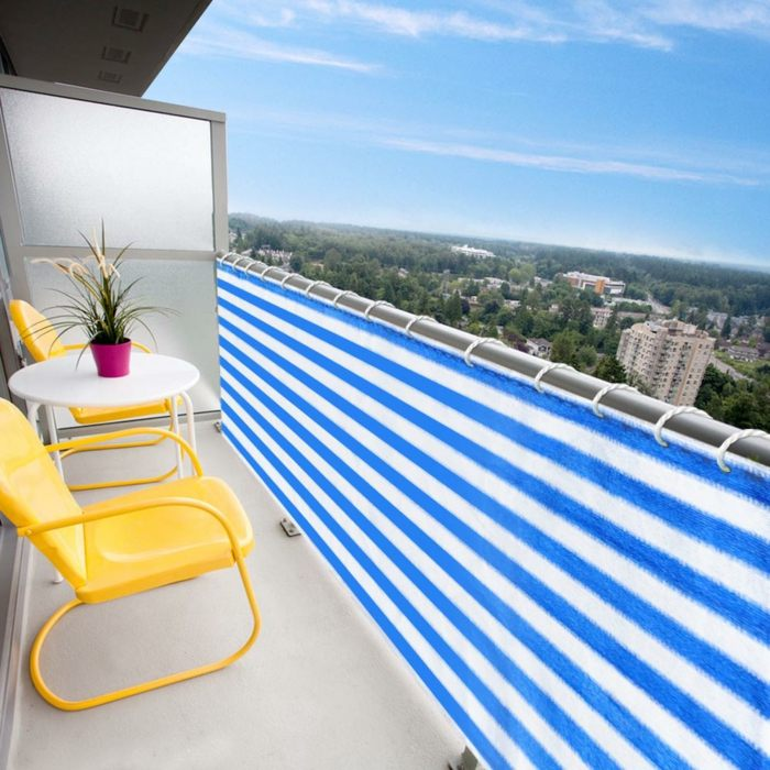 balcon proteccion sillas amarillas lineas