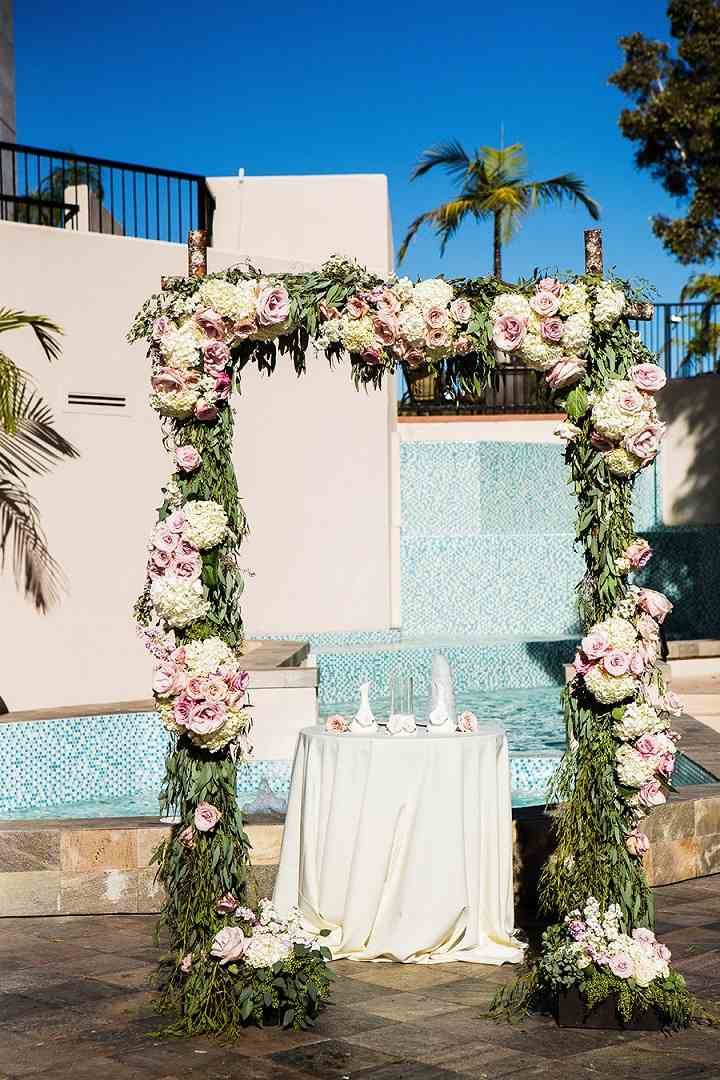 bodas primaverales opciones decoracion altar precioso ideas
