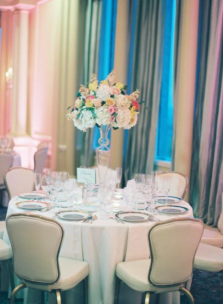 bodas-primaverales-opciones-decoracion-mesas-interior