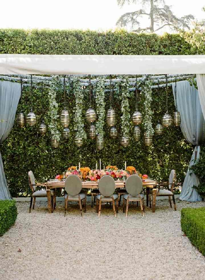 bodas primaverales opciones decoracion recepcion bajo pergola ideas