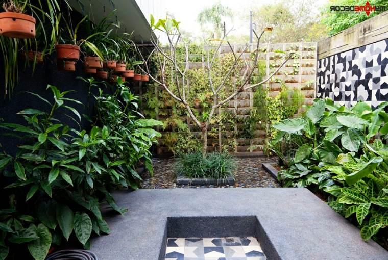 bonita decoración muros jardin