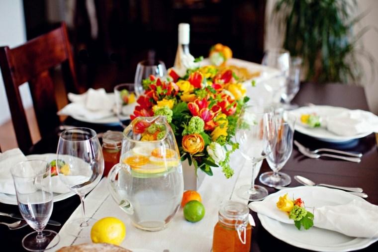 bonita decoración mesa verano