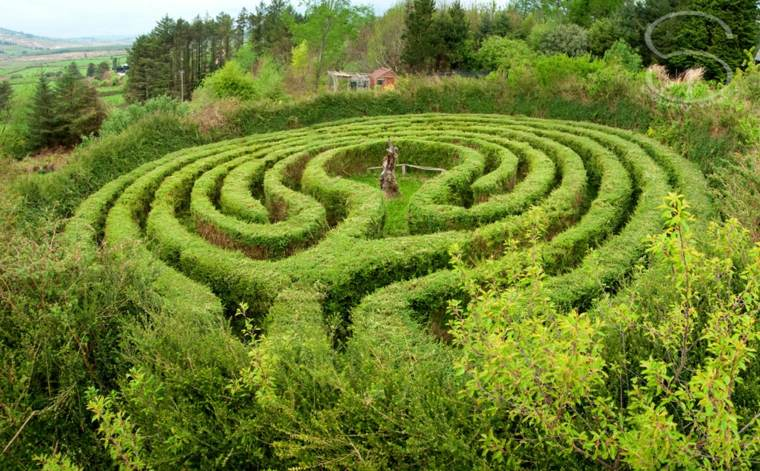 bonitos laberintos decorar jardines
