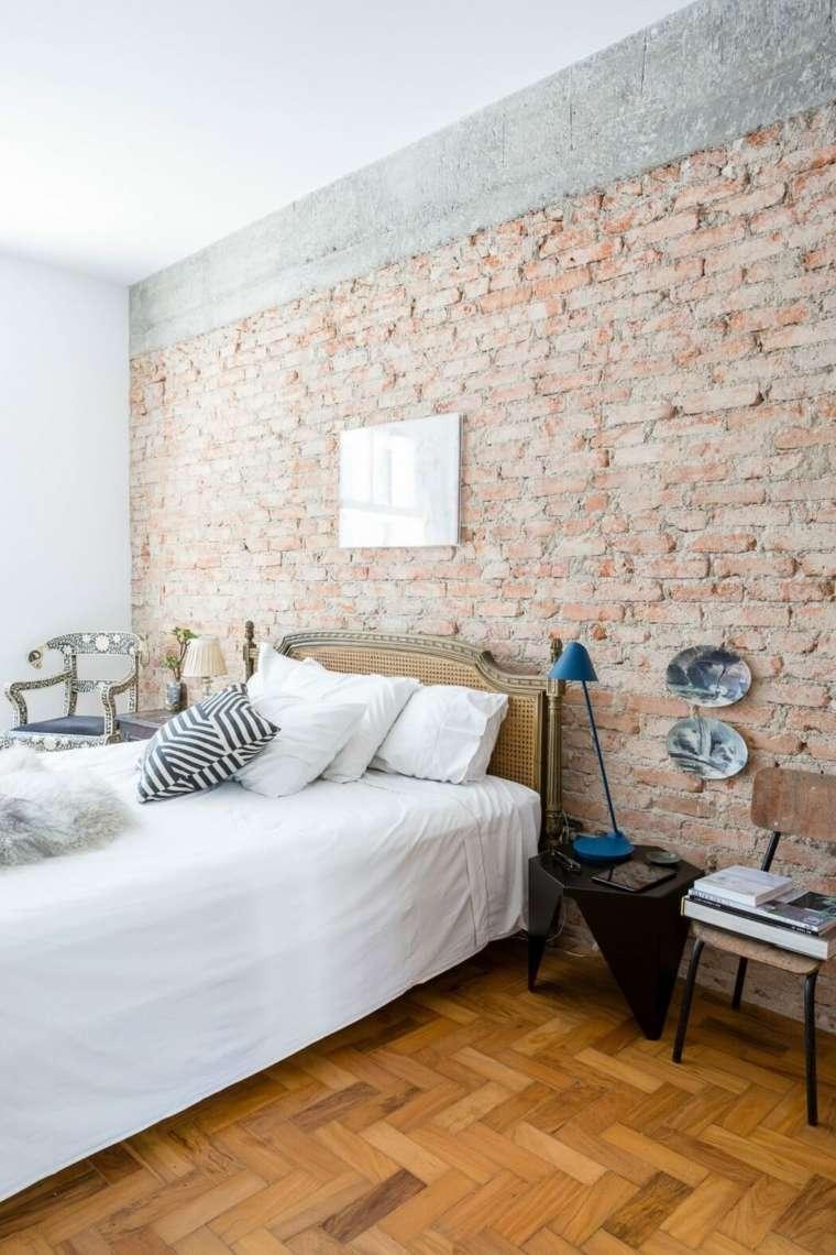 cama paredes ladrillos vistos