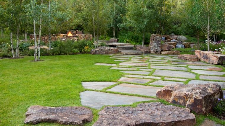 caminos jardin cesped rocas decorativas ideas