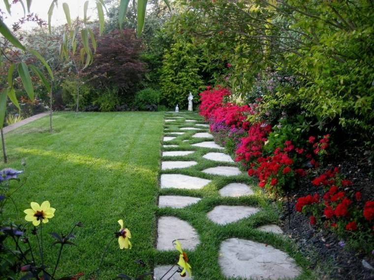 casa-y-jardin-consejos-fotos-losas-plantas-flores
