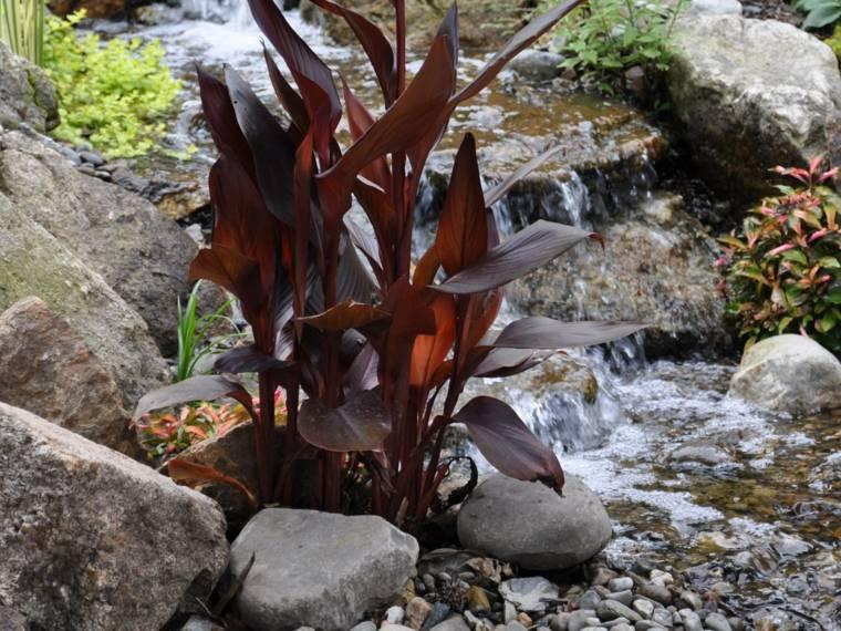 cascada natural piedras rio