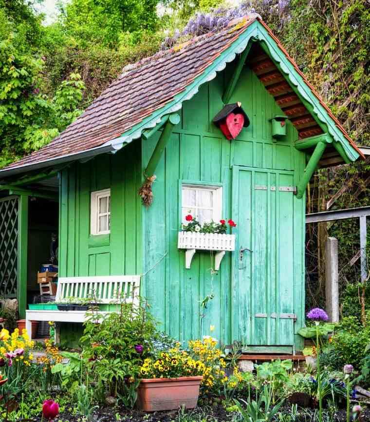 casetas de madera para jardin pintada verde ideas