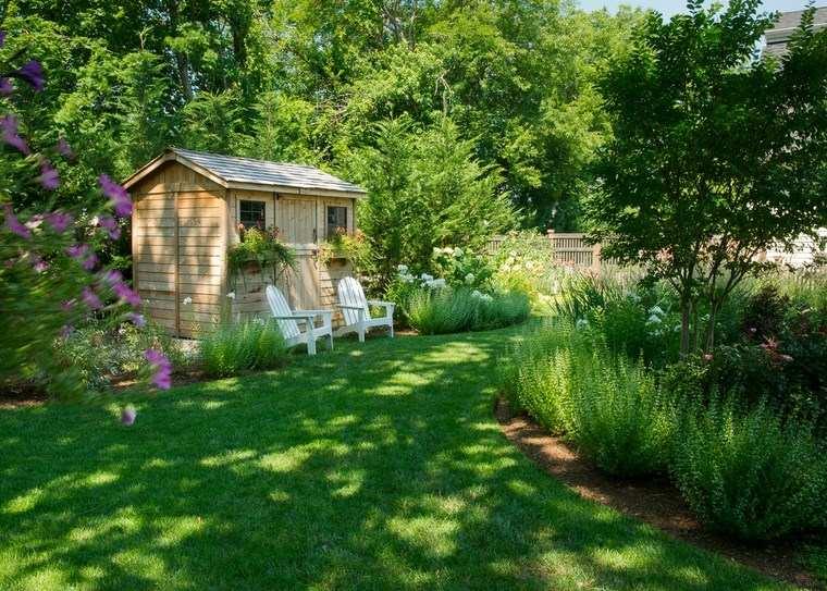 casetas madera jardin sillones blancas ideas