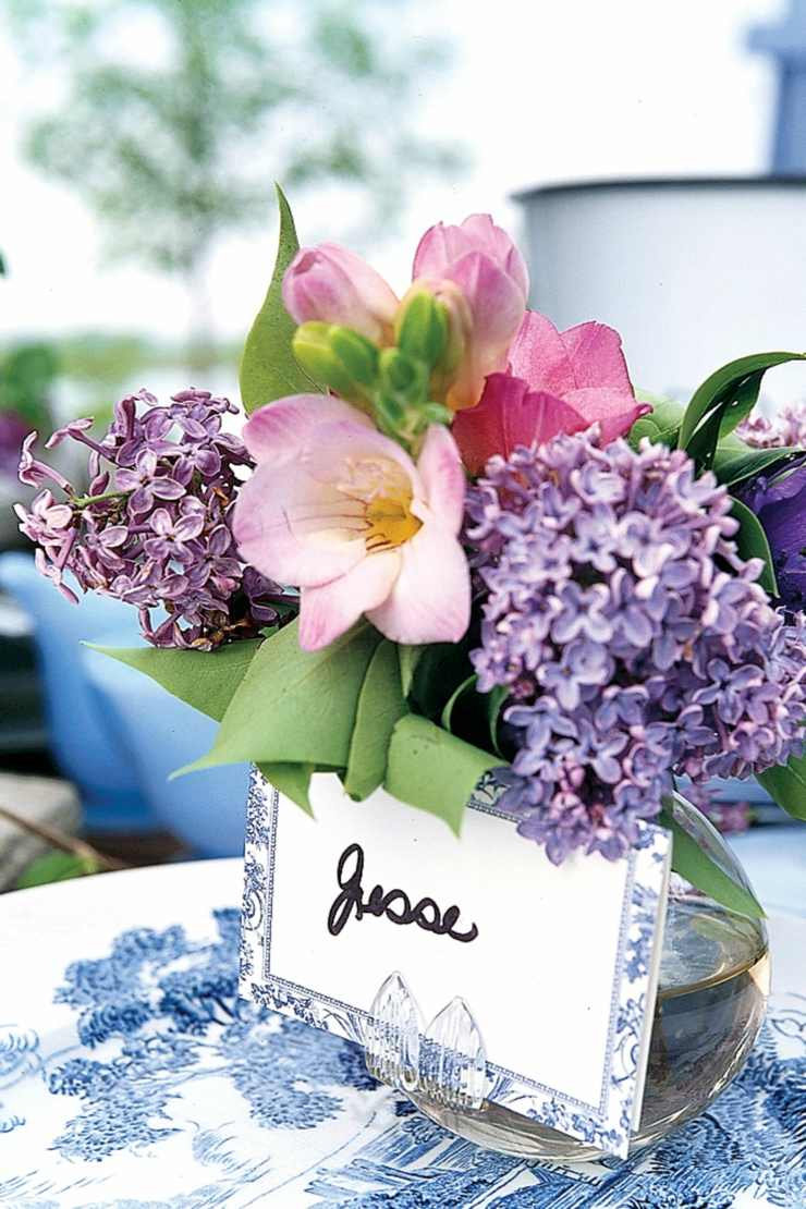 centro mesa flores primavera trajetas nombre ideas