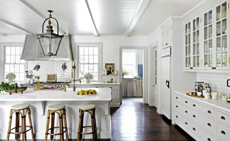 cocinas blancas brillo elegancia clasica isla ideas - Cocinas Clasicas Blancas